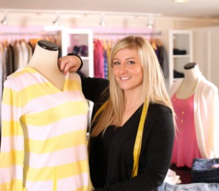How to Start a Clothing Store
