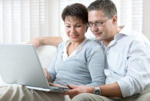 couple laptop