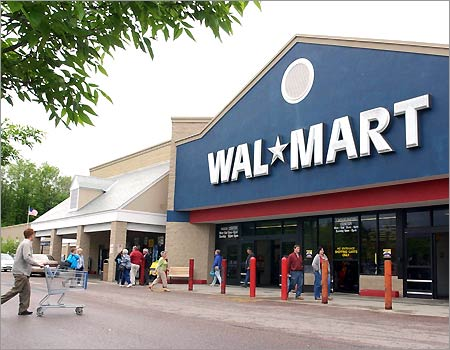 Wal-Mart Way: Inside Story of the Success of World's Largest Company