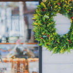 Retail Store Decorating Tips to Boost Holiday Sales