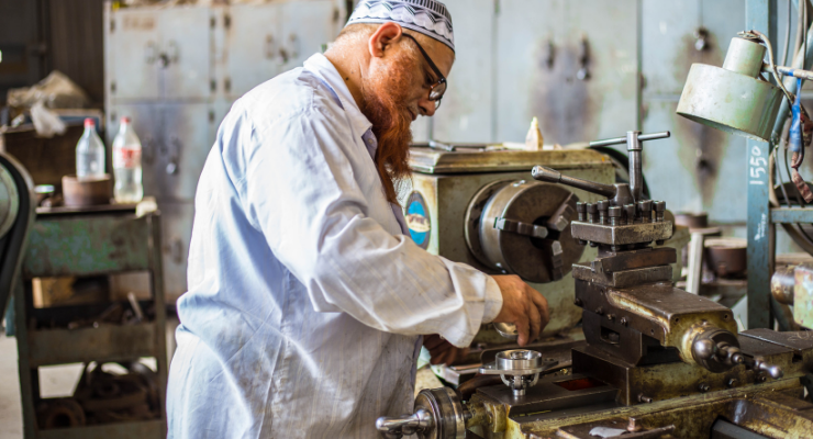 5 Clear Signs Your Industrial Equipment Is in Need of Repairs