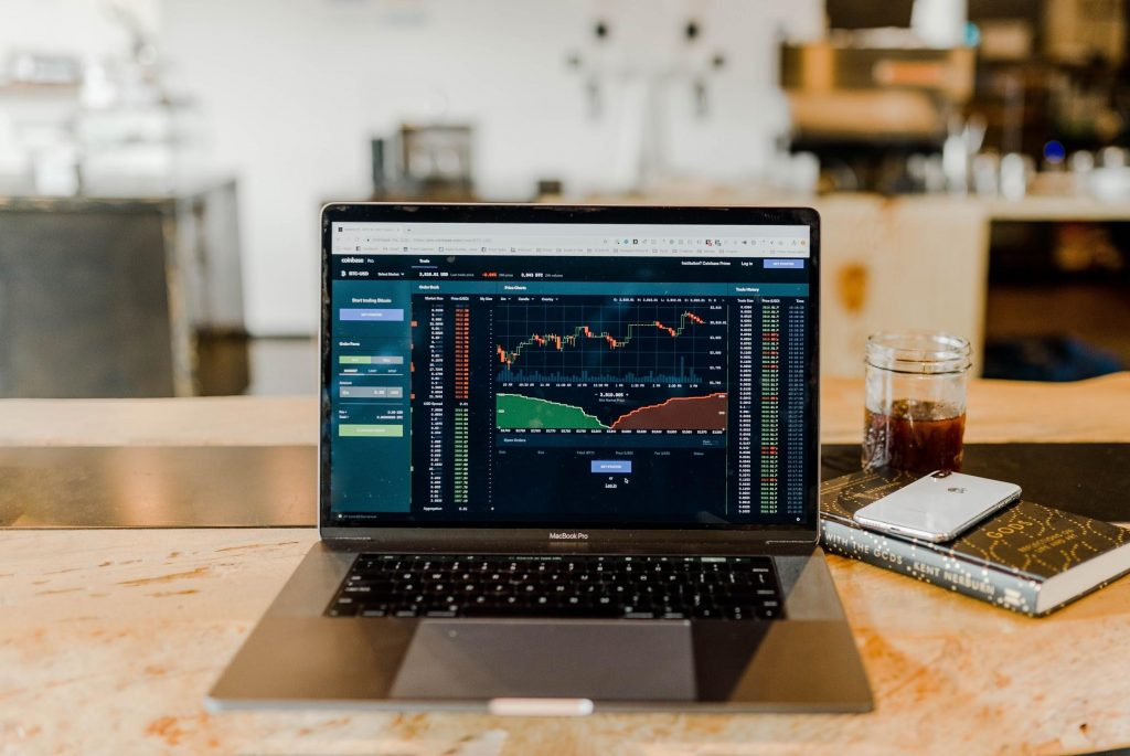 How To Choose and Use an Online Trading Platform